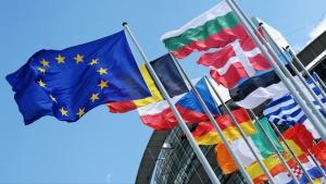 Европа свива дългове и дефицити