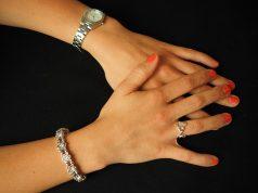 как се носи сребърен пръстен