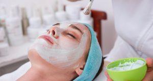 почистване на лицето козметика